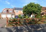 Location vacances Eversley - Mayfields Guest House-3