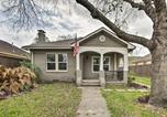 Location vacances Webster - Modern Houston Home Less Than 4 Miles to Downtown!-3
