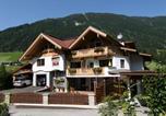 Location vacances Finkenberg - Appartements Enzian-1