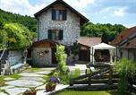 Location vacances Belluno - Vintage Cottage in Ponte nelle Alpi with Garden-1