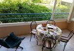 Location vacances Saint-Raphaël - Plage et jardin en centre ville-1