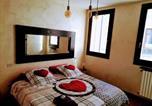 Location vacances  Province de Rimini - Suite Apartment Rimini Centro Storico-2