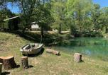 Camping avec Piscine Limans - Flower Camping La Rivière-3
