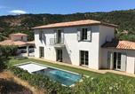 Location vacances Le Plan-de-la-Tour - Cozy Villa in Le Plan-de-la-tour with Private Swimming Pool-1