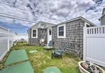 Location vacances Charlestown - Peaceful Cottage with Grill - Steps to Matunuck Beach-3