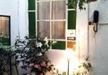 Location vacances Montevideo - La Puerta Negra Gay Guest House-3
