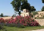 Location vacances Grambois - Villa in La Tour d'Aigues-3