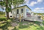 Location vacances Fergus Falls - Pet-Friendly Beachfront Dent Cabin with Grill!-1