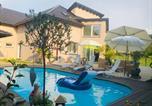 Location vacances Corseaux - Charming Villa with Private Swimmingpool-3