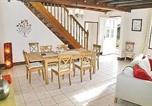 Location vacances Saint-Aubin-du-Plain - Holiday Home Cerizay Cirieres-4