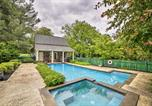 Location vacances Front Royal - Historic Virginia Wine Country Villa with Pool and Yard-1