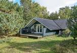 Location vacances Hasle - Three-Bedroom Holiday home in Aakirkeby 6-1