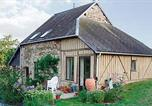 Location vacances Beauchêne - Holiday home Barenton N-843-1