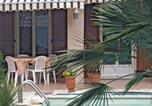 Location vacances Périgny - Holiday Home Aytre Avenue Edmond Grasset-4