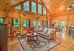Location vacances Miami - Secluded Modern Cabin, about 25 Mi to Bentonville!-1