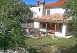 Location vacances Kršan - Holiday home Vozilici-2