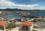 Location vacances  La Corogne - Piso en el malecón de Riveira con vistas a las Rias Baixas. Ideal para familias. 140m-1