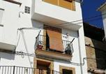 Location vacances Manzanera - Casa Rural Los Pineros-1