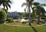 Villages vacances Long Bay Village - Le Domaine Beach Resort-1