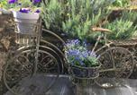 Location vacances  Doubs - Le Jardin d'Inès-1