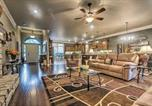 Location vacances Benton - Hot Springs Family Home on Granada Golf Course!-4