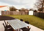 Location vacances Pays de la Loire - Maison de la Roseraie, 6 couchages et beau jardin-1