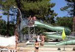 Camping avec Piscine Connaux - Camping La Pinède en Provence-1