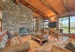 Location vacances Oakhurst - Oasis with Hot Tub and Mtn View, 19 Mi to Yosemite-1