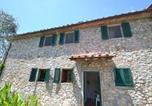 Location vacances Carmignano - Rustic Farmhouse in San Baronto with Swimming Pool-1