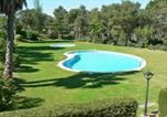 Location vacances Palafrugell - Apartment - 3 Bedrooms with Pool and Wifi young people group not allowed - 04745-1