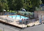 Camping avec Piscine Lanobre - Camping L'Ombrage-1
