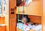 Hôtel Edinburgh - The Four Sisters Boatel - Houseboat-4