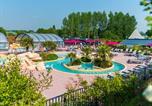 Camping avec Quartiers VIP / Premium Luc-sur-Mer - Yelloh! Village - Les Iles-1