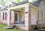 Location vacances Troy - Charming Capital Cottage-1