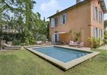Location vacances  Bouches-du-Rhône - Maison avec jardin et piscine dans la ville d'Aix-1