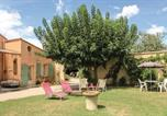 Location vacances Caderousse - Studio Holiday Home in Caderousse-3