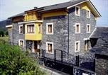 Location vacances  Province d'Asturies - Apartamentos Rurales Los Galpones-1