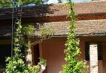 Location vacances Matelica - Apartment with one bedroom in Fabriano with shared pool furnished terrace and Wifi-1