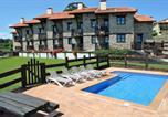 Location vacances Bareyo - Apartamentos Spa Casco Historico de Isla-1