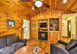 Location vacances Bryson City - Creekside Bryson City Cabin w/ Hot Tub!-4