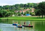 Camping avec Ambiance club Vitrac - Domaine Du Surgie-4