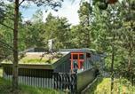 Location vacances Snogebæk - Three-Bedroom Holiday home in Nexø 39-1