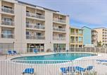 Location vacances Orange Beach - Cozy Coastal Condo with Balcony and Beach Access!-1