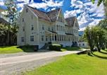 Hôtel Vågsøy - Visnes Hotel Stryn-1