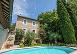 Location vacances Oppède - Magnificent Holiday Home with Swimming Pool in Oppede-2
