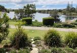 Location vacances Diddillibah - Lagoon-Front Luxury at Twin Waters Resort-1