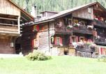 Location vacances  Province de Belluno - Zimmer In Kratten-2