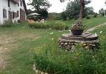 Location vacances  Creuse - –Holiday home Chemin de Baleyres-2
