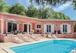 Location vacances Bédarieux - Four-Bedroom Holiday Home in Bedarioux-1