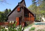 Location vacances Arches - Pretty Chalet in Beaulieu France With Private Swimming Pool-1